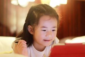 宝宝学英语原来如此简单,孩子开心妈妈放心!