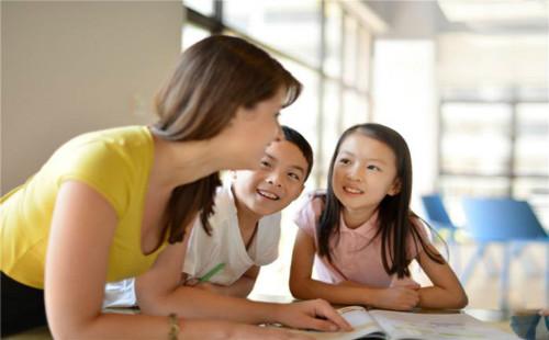 在线英语培训哪里好?如何选择靠谱有效的英语机构?
