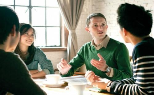 在线英语培训班哪个好?阿卡索怎么样?
