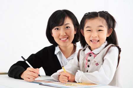 「英语辅导机构」3岁学英语早吗